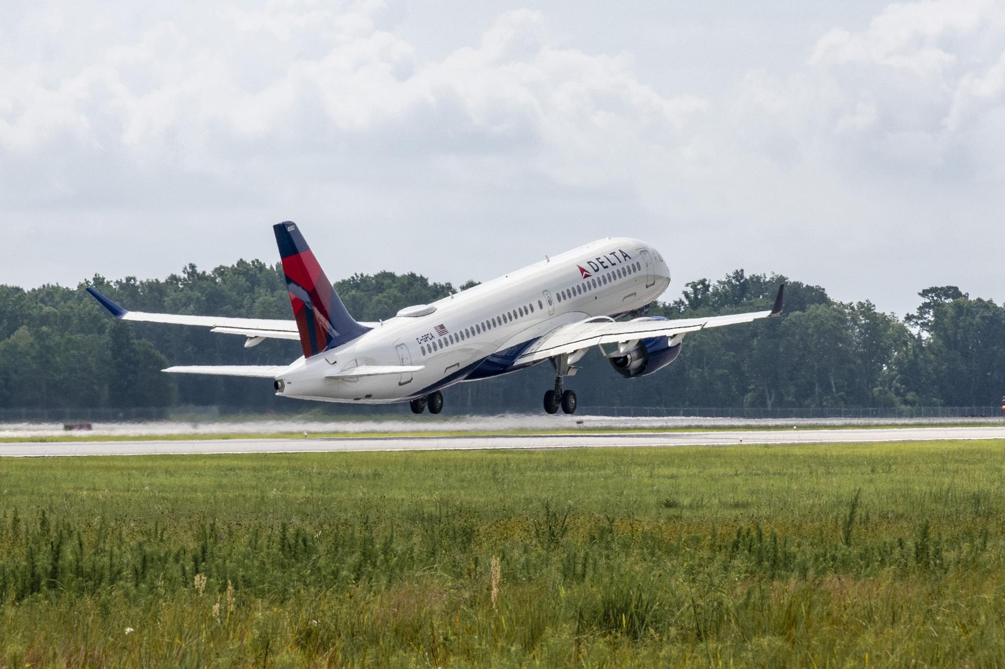 Airbus A220 Delta Air Lines