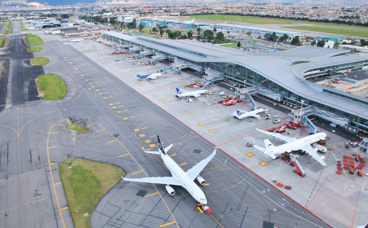 Aeropuerto El Dorado 15-04-2021 2